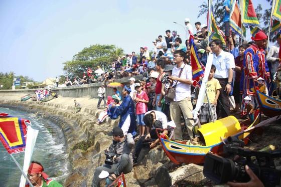 Lễ khao lề thế lính Hoàng Sa trên đảo Lý Sơn (Quảng Ngãi) ảnh 6