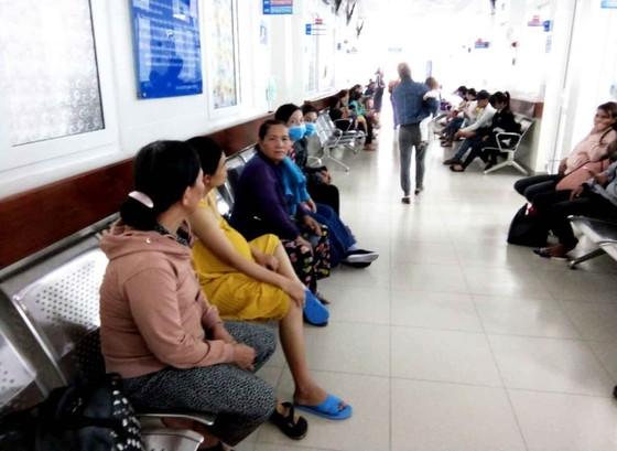Cảnh báo nguy cơ trẻ em nhập viện vì nắng nóng kéo dài  ảnh 2
