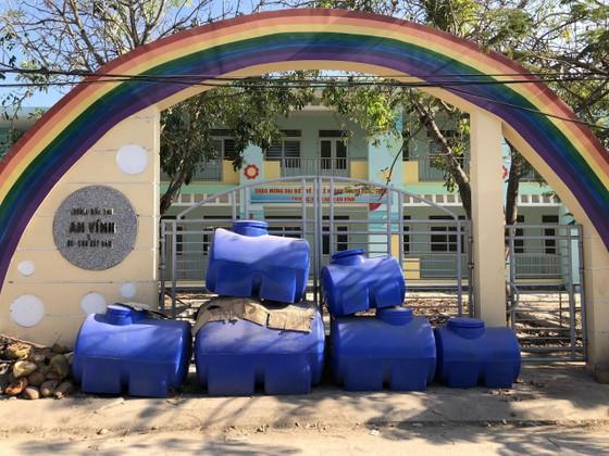 Vừa xây xong, hai trường mầm non ở Lý Sơn thành bãi tập kết rác ảnh 3