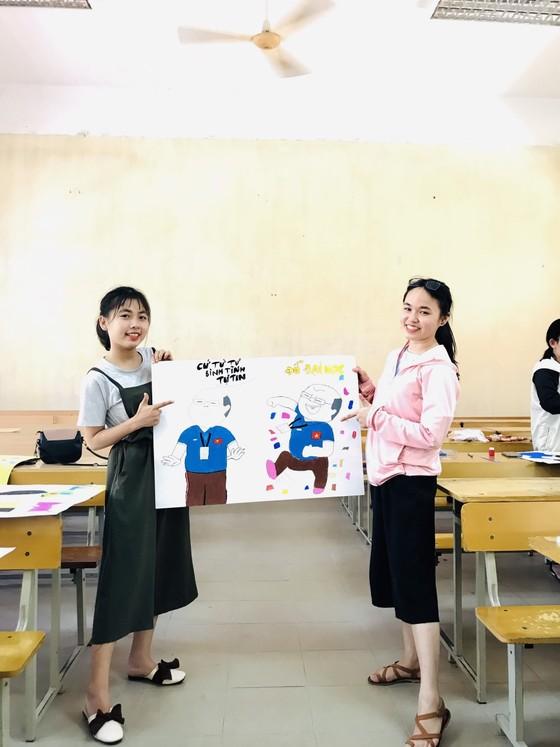 Vẽ hình HLV Park Hang-seo để cổ vũ thí sinh THPT Quốc gia năm 2019 ảnh 1