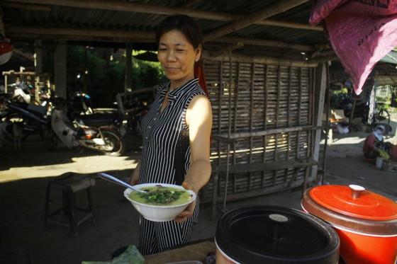 Độc đáo chợ 5.000 đồng ở Quảng Ngãi ảnh 3