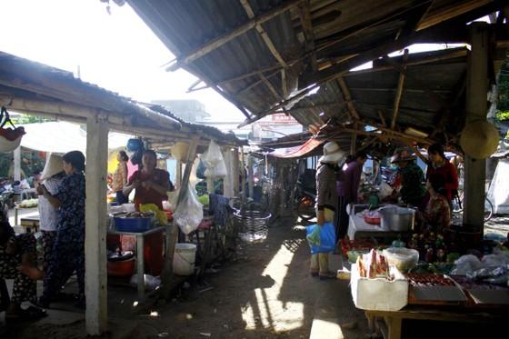Độc đáo chợ 5.000 đồng ở Quảng Ngãi ảnh 4