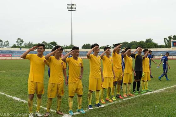 Giải bóng đá hạng Nhì Quốc gia 2017 Công an Nhân dân và Bình Định thăng hạng ảnh 1