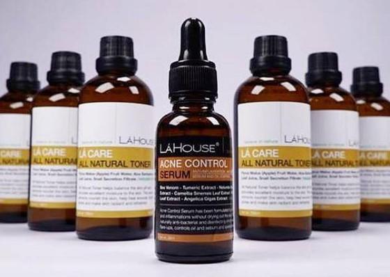 Thu hồi sản phẩm trị mụn Acne control serum ảnh 1