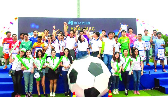 Xác định được 6 đội bóng mạnh nhất tranh Cup Futsal White Dove League 2018 toàn quốc   ảnh 1