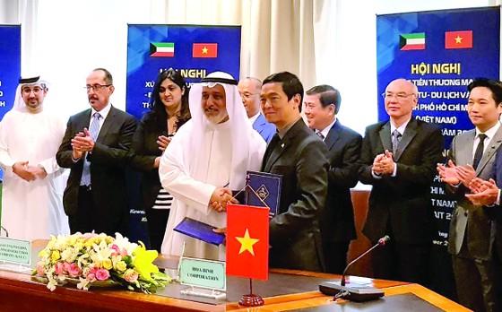 Công ty CP Tập đoàn Xây dựng Hòa Bình ký kết liên doanh làm tổng thầu các dự án của Chính phủ Kuwait ảnh 1