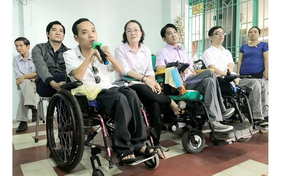 Những trăn trở của người khuyết tật ảnh 1