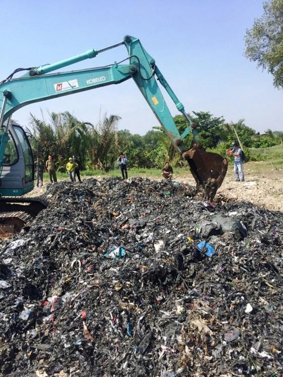 Xả chất thải ra môi trường: Phạt cao, vi phạm vẫn tăng ảnh 1