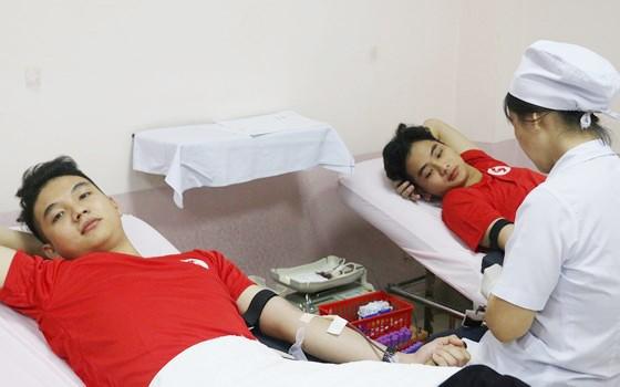 Lo ngại thiếu máu dịp tết ảnh 1