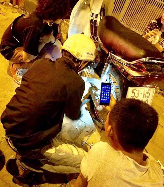 Nhóm hỗ trợ khẩn cấp ban đêm ảnh 1