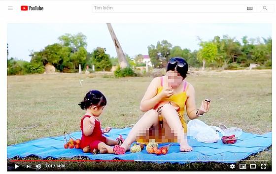 Những clip phản cảm giả danh hướng dẫn nuôi dạy con ảnh 1