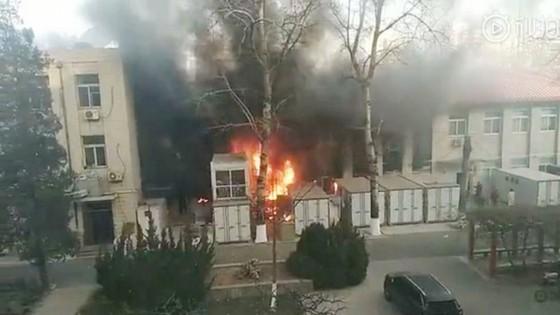 Nổ khi đang thí nghiệm trong trường đại học Trung Quốc, 3 sinh viên thiệt mạng ảnh 1