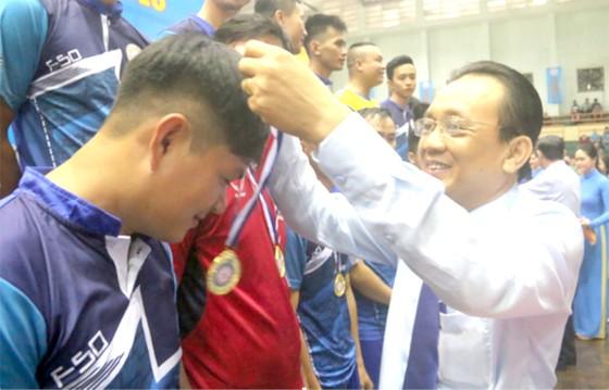Gần 600 vận động viên đua tài tại hội thao Yến Sào Khánh Hòa ảnh 1