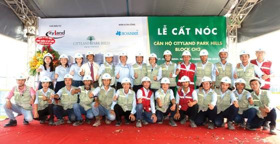 Công ty CP Tập đoàn Xây dựng Hòa Bình trúng thầu 2 dự án Sunshine Group trị giá 1.000 tỷ đồng ảnh 2