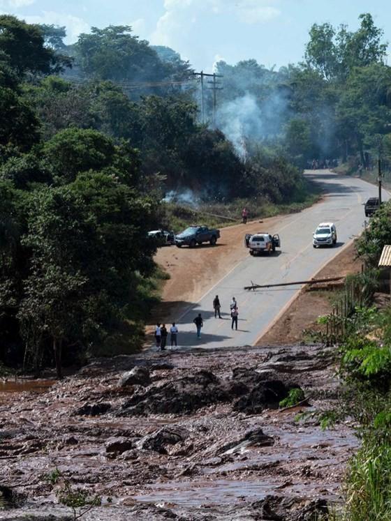 Nguy cơ vỡ thêm đập tại Brazil ảnh 3
