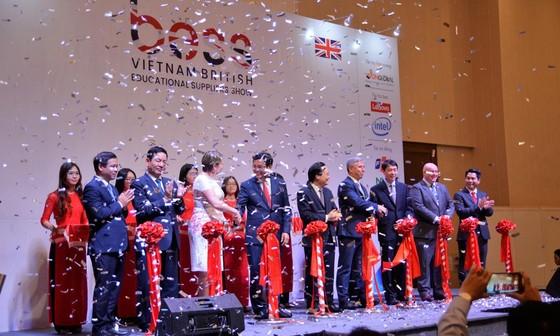 Tập đoàn giáo dục Nguyễn Hoàng phát triển giáo dục trên nền tảng công nghệ ảnh 1