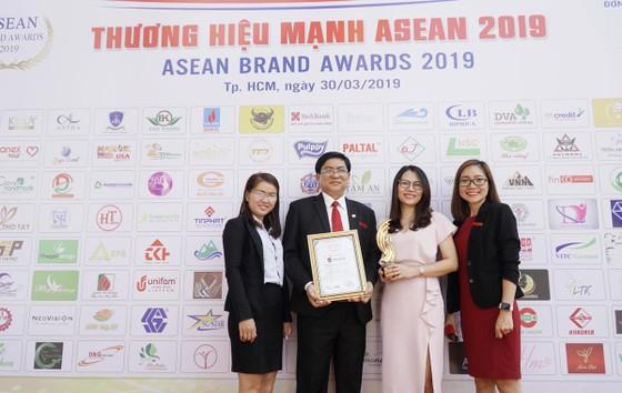 """iSchool đạt giải thưởng """"Top 10 thương hiệu mạnh ASEAN 2019"""" ảnh 2"""
