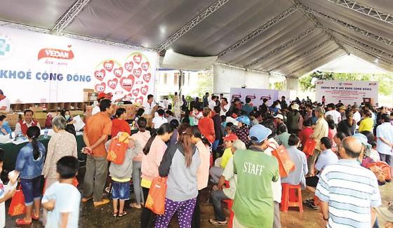 Công ty Vedan Việt Nam khám bệnh từ thiện và phát thuốc miễn phí tại tỉnh Đồng Nai ảnh 6