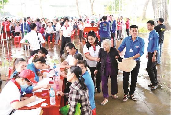 Công ty Vedan Việt Nam khám bệnh từ thiện và phát thuốc miễn phí tại tỉnh Đồng Nai ảnh 10