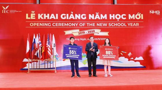 Gần 15.000 học sinh hệ thống giáo dục Nguyễn Hoàng cùng đón năm học mới 2019-2020 ảnh 8
