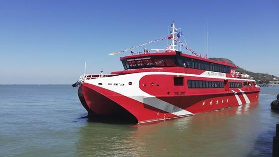 Tàu cao tốc hai thân Côn Đảo Express 36