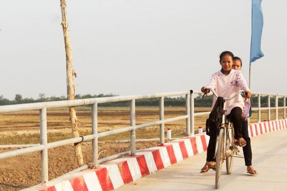 Bàn giao 15 công trình cầu nông thôn tại huyện Thạnh Hóa, Long An ảnh 3