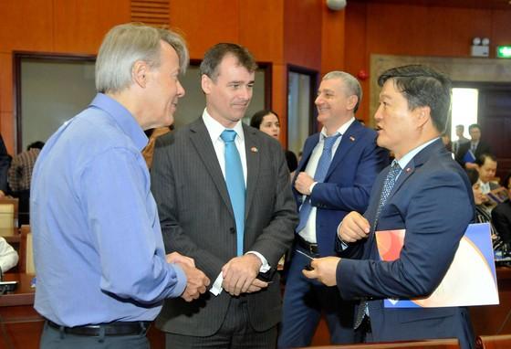 Hội nghị gặp gỡ giữa lãnh đạo TPHCM và doanh nghiệp FDI: Đột phá cơ chế, phát triển nhanh và bền vững  ảnh 7
