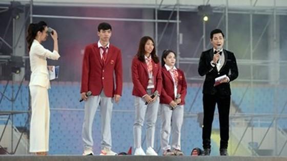 """HLV Park Hang-seo: """"Chúng tôi sẽ nỗ lực để giành chiến thắng ở AFF Cup"""" ảnh 7"""