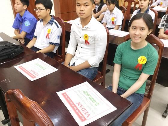 """Vedan Việt Nam trao học bổng cho hơn 200 học sinh, sinh viên """"Vượt khó học tập"""" và """"Tiếp sức đến trường"""" năm 2018-2019 ảnh 2"""