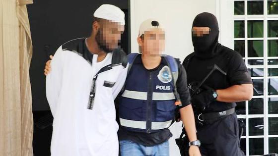 Bắt nhóm khủng bố mở trường truyền bá tư tưởng Hồi giáo cực đoan ở Malaysia ảnh 1