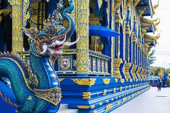 泰國清萊有著一座絕美的藍色宇宙 ảnh 1