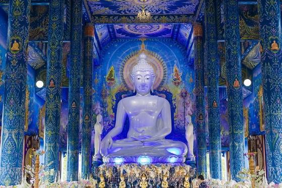 泰國清萊有著一座絕美的藍色宇宙 ảnh 2