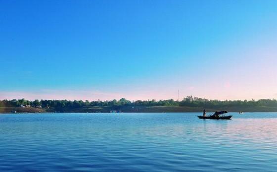 治安湖上的島嶼風光 ảnh 1