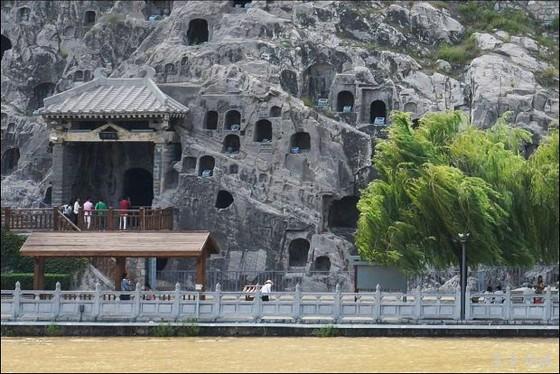 洛陽8大景之首──龍門石窟 ảnh 4