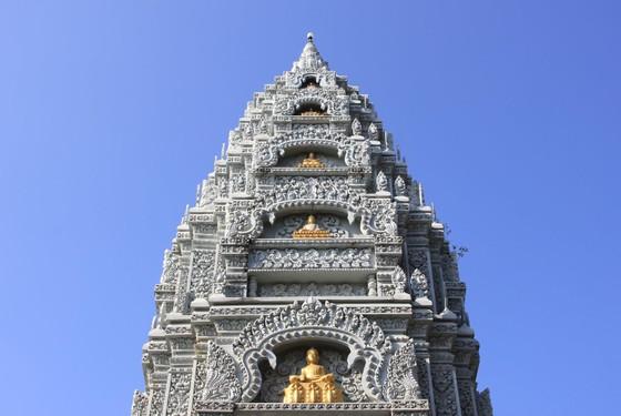 Ngôi chùa thu hút đông đảo giới trẻ miền Tây kéo đến check-in ảnh 8