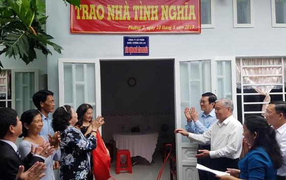 Nguyên Chủ tịch nước Trương Tấn Sang trao nhà chính sách tại Sóc Trăng ảnh 4