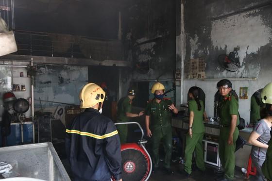 Đà Nẵng: Cháy lớn trong khu dân cư, nhiều người hoảng loạn ảnh 2