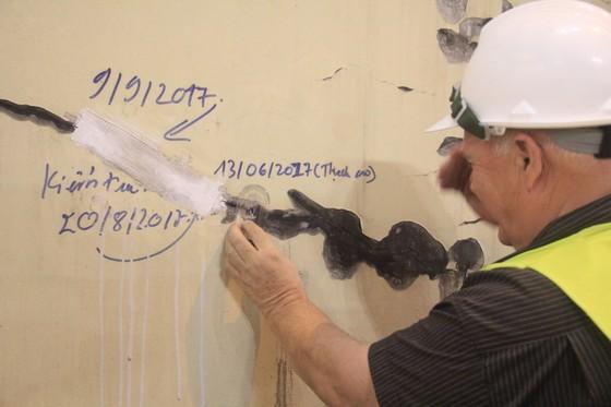 VIDEO: Hầm Hải Vân bị nứt hay bong tróc lớp sơn? ảnh 1