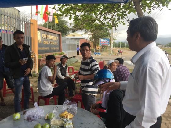 Người dân tập trung phản đối nhà máy thép Dana Ý tại Đà Nẵng gây ô nhiễm ảnh 4