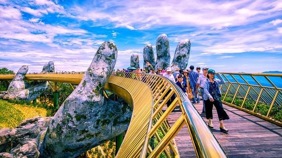 Ngắm toàn TP Đà Nẵng từ cây cầu ở độ cao 1.414m  ảnh 1