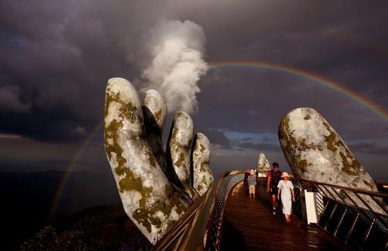 Cầu Vàng Đà Nẵng lọt Top 100 địa điểm tuyệt vời nhất thế giới  ảnh 3