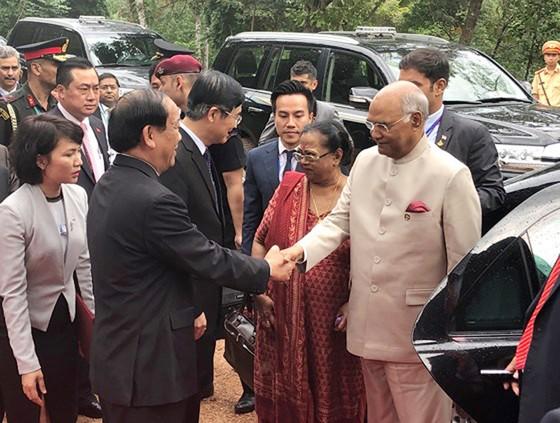 Tổng thống Ấn Độ và Phu nhân thăm bảo tàng điêu khắc Chăm Đà Nẵng và Di tích Mỹ Sơn ảnh 7