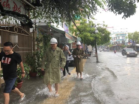Đà Nẵng cấp bách ứng phó với ngập sâu do mưa lớn kéo dài  ảnh 3