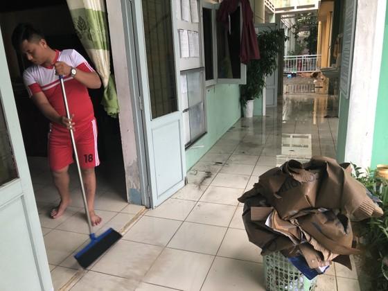 Mưa ngập bất thình lình, ngày mai 10-12, học sinh - sinh viên trên toàn thành phố Đà Nẵng được nghỉ học ảnh 6