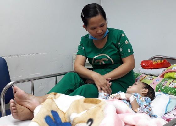 Mang Xuân đến cho bệnh nhân ung thư ảnh 4