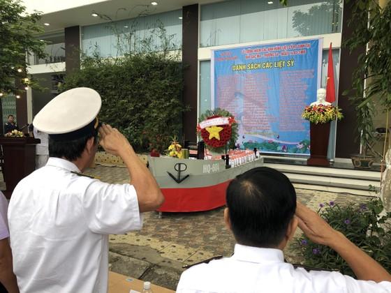 Tưởng niệm 64 chiến sĩ Gạc Ma  ảnh 8