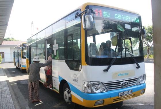 Xe buýt nội thị Đà Nẵng: Nâng cao chất lượng, trợ giá để 'hút' khách tham gia ảnh 3