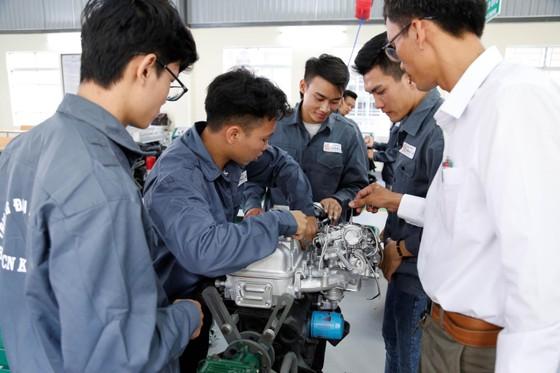Trường Đại học đầu tiên ở Đà Nẵng xây dựng xưởng thực hành ô tô ảnh 2