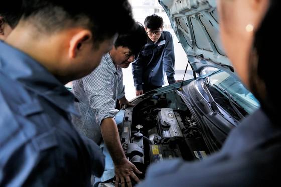 Trường Đại học đầu tiên ở Đà Nẵng xây dựng xưởng thực hành ô tô ảnh 1