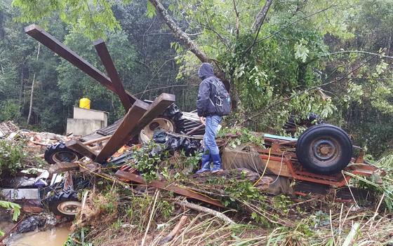 Lâm Đồng tan hoang sau bão 12 ảnh 6